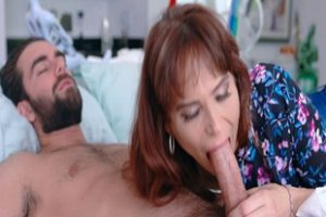 1047793 Syren De Mer Giving Stepson A Morning Blowjob