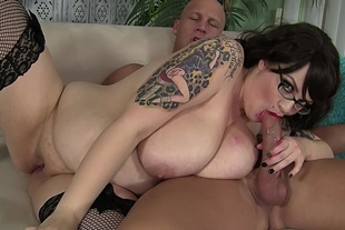 Chubby tattooed babe is hungry for a hard dick