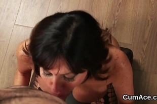 Kinky honey gets cum shot on her face swallowing all th