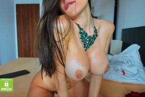 618410 Big Boobs Cammodel Fingers Pink Pussy