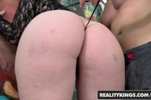 641912 Daisy Haze Levi Cash Donk On Daisy