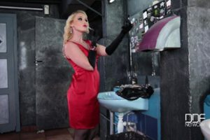 682903 Kathia Nobili Meg Magic Restroom Humiliation Domina
