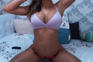 Hot Brunette Babe Reveal Her Every Inch