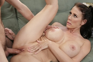 Horny MILF bangs with dauthers boyfriend