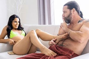 Familystrokes Vanessa Sky Into The Giving Mood