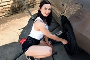 Lookathernow Aidra Fox Rotating Her Tires Video