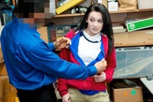 Shoplyfter Athena Rayne Case No 6925331 Video