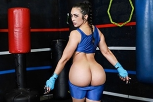 TheRealWorkout · Lilly Hall: Kickboxing